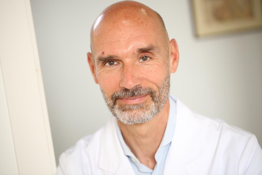 Salva, acupuncturist and Chinese medicine practitioner